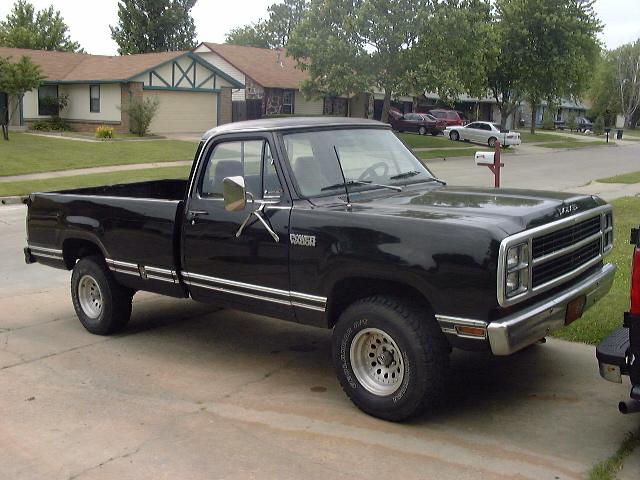 Mopar Truck Parts :: Dodge Truck Photo Gallery page 68